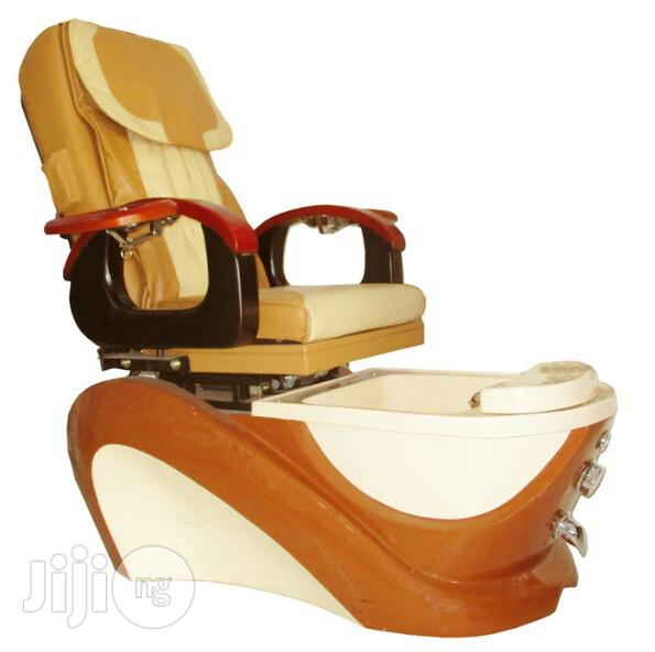 Brand New 9915 Pedicure Massage Chair | Salon Equipment for sale in Surulere, Lagos State, Nigeria
