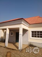 Exquisite 3 Bedrom Bungalow Within An Estate Along Airport Road Abuja | Houses & Apartments For Sale for sale in Abuja (FCT) State, Lugbe District