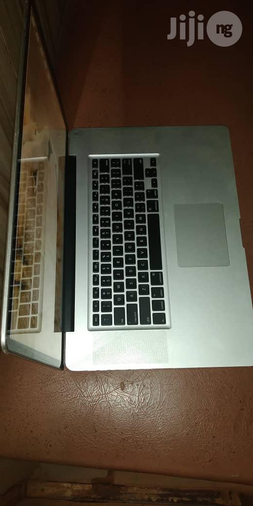Laptop Apple MacBook Pro 8GB Intel Core I7 HDD 500GB