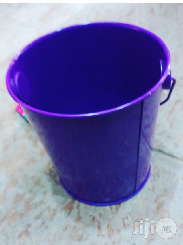 Ice Block Bucket