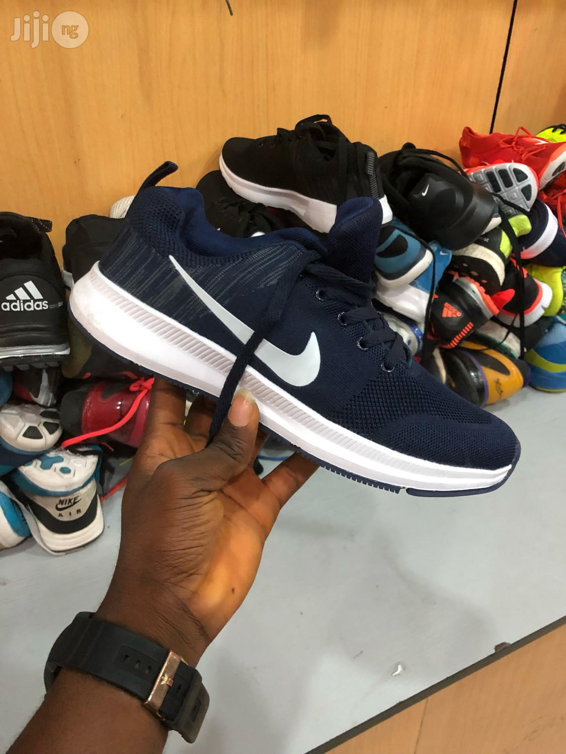 Nike Canvass