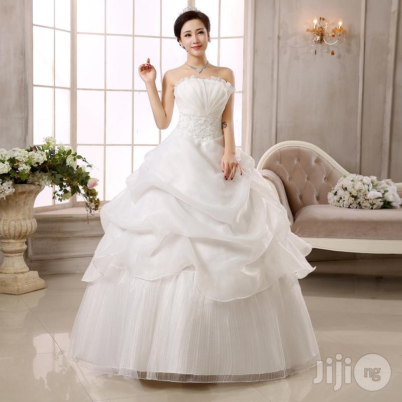 Luxury Autumn And Spring Wedding Dress