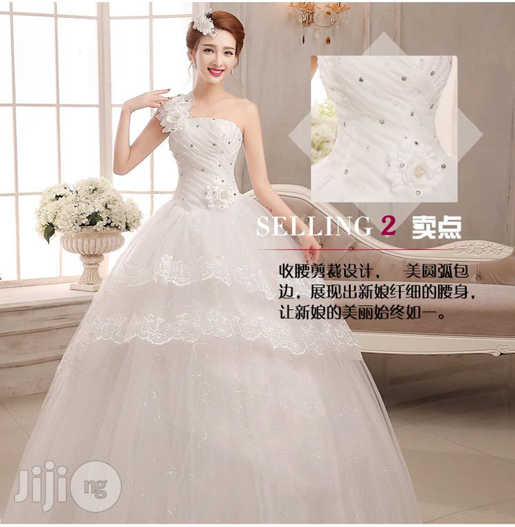 White Qi Banded Female Slim Luxury Wedding Dress
