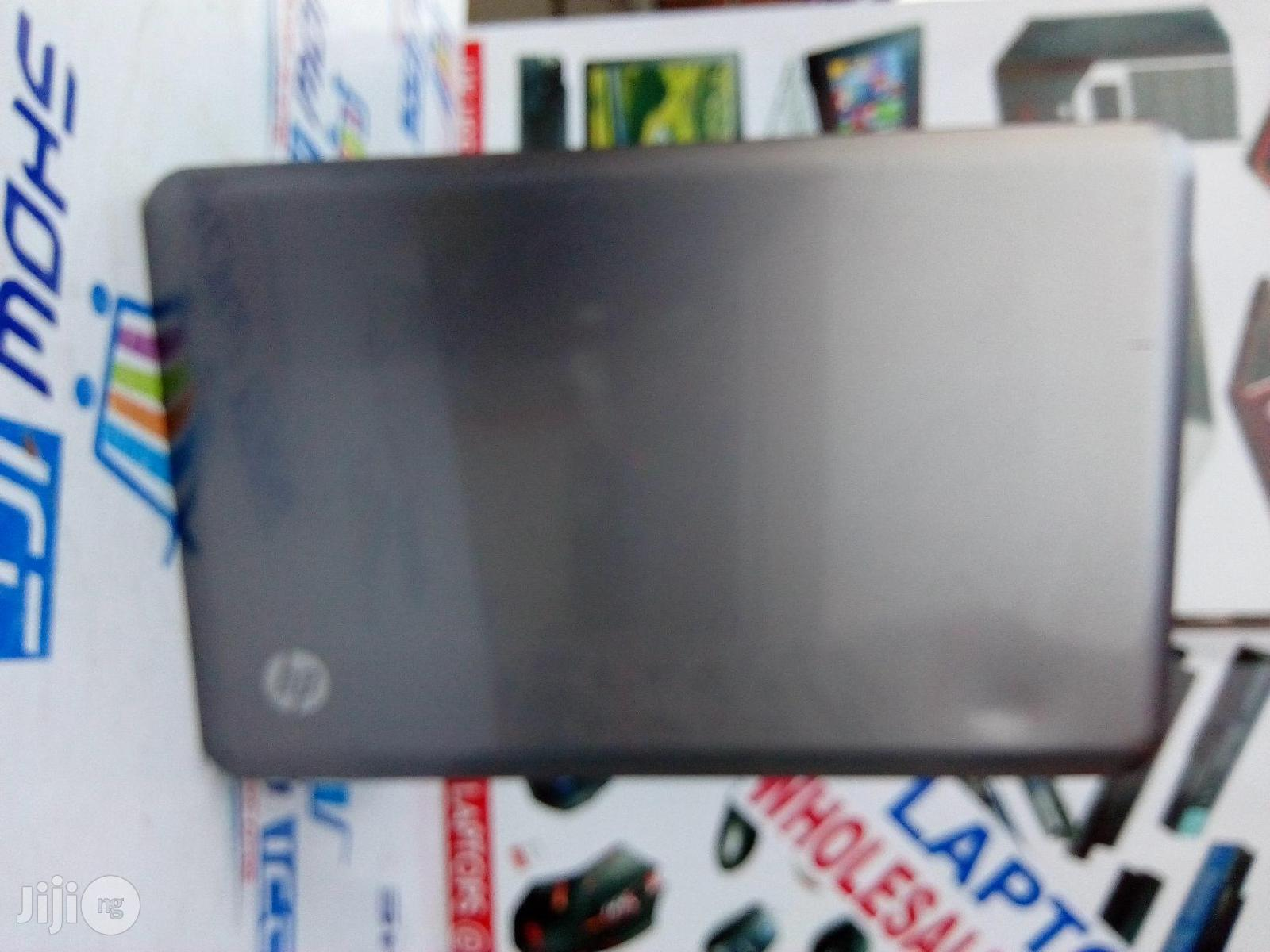 """Clean HP 2000 15.6"""" Inches 320GB HDD AMD 4GB RAM 
