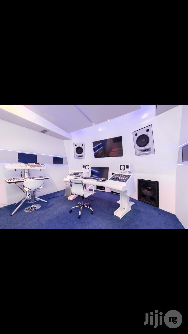 Book a Music Studio Section 25k