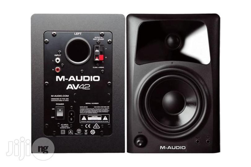 Archive: M-audio AV42 Desktop Speakers
