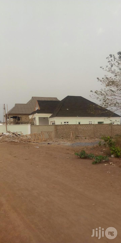 We Are CONSTRUCTION Engineers(Building Contractors)