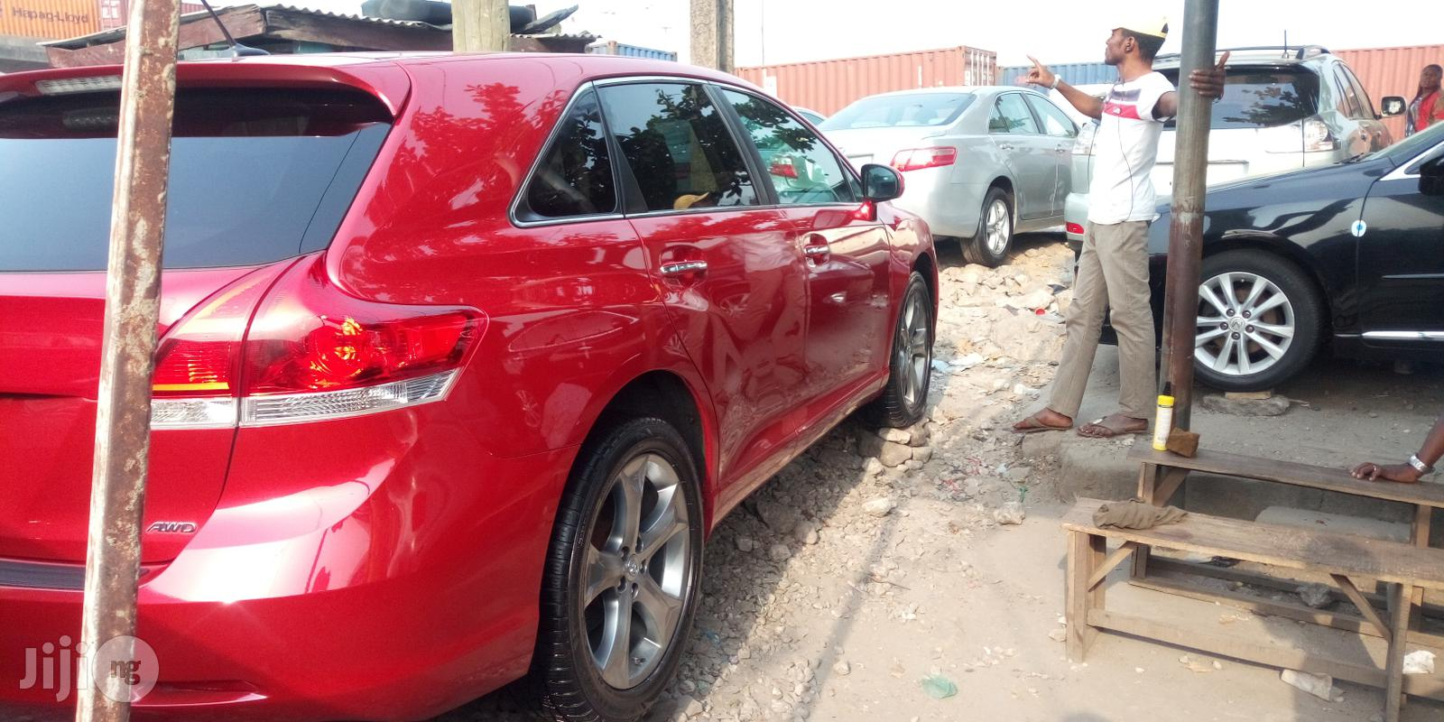 Archive: Toyota Venza 2010 Red