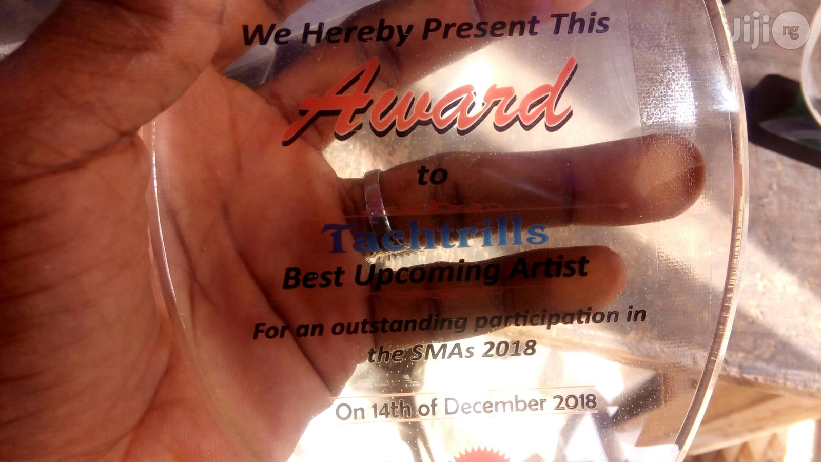 Presentable Acrylic Award With Printing   Arts & Crafts for sale in Apapa, Lagos State, Nigeria