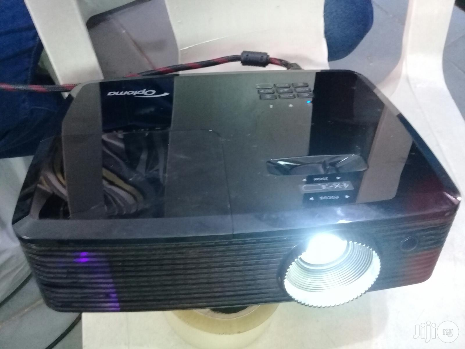 Archive: DLP Optoma Projector