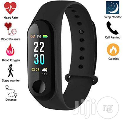 Smart Bracelet Fitness Tracker Heart Rate Monitor Waterproof Bracelet | Smart Watches & Trackers for sale in Ikeja, Lagos State, Nigeria