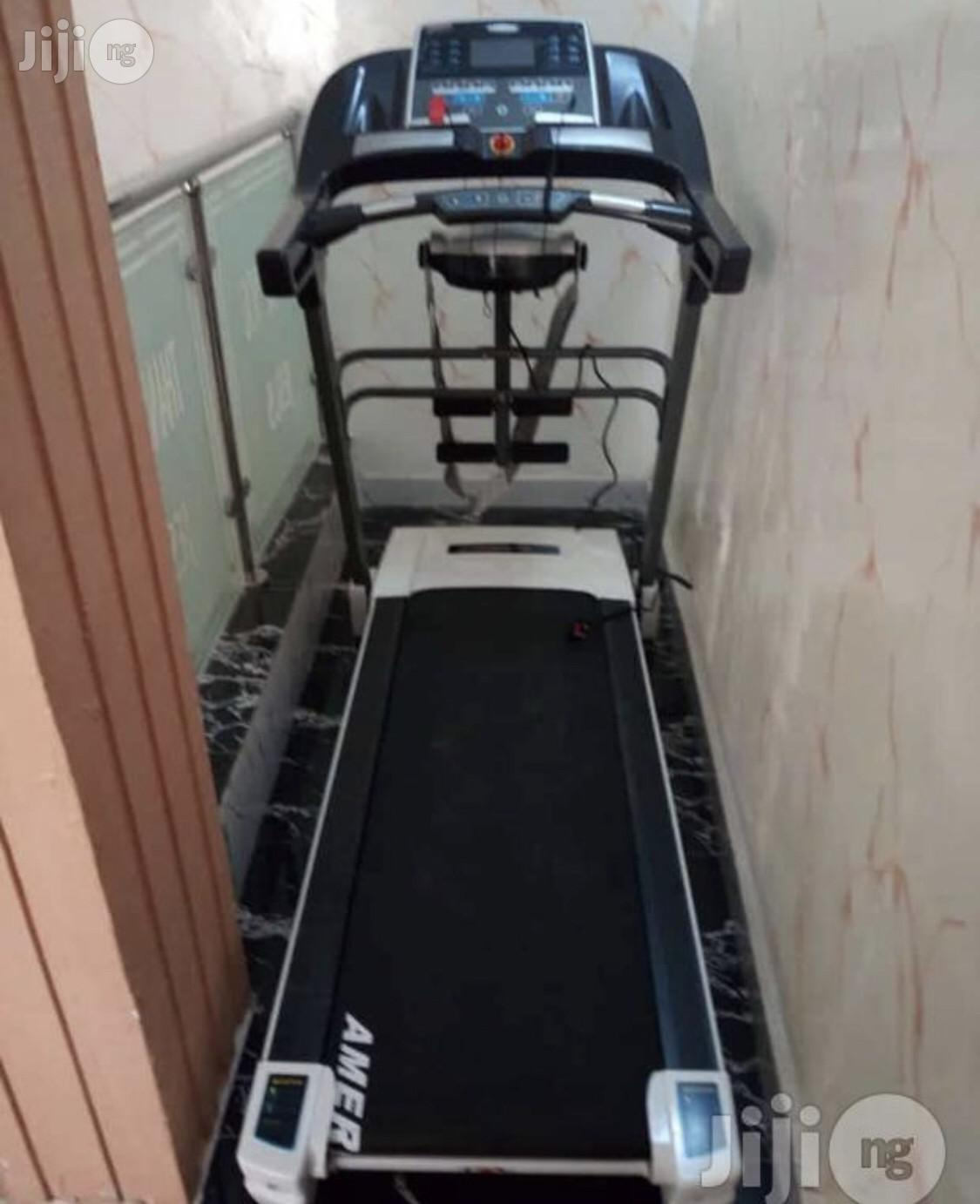 2.5hp Treadmll With Massager (American Fitness)