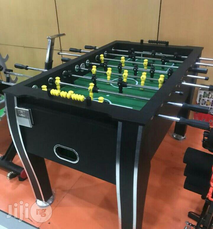 High Quality Soccer Table With Water Bottle