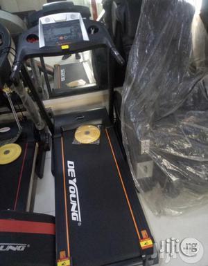 2.5hp Treadmill With Massager | Massagers for sale in Lagos State, Ifako-Ijaiye