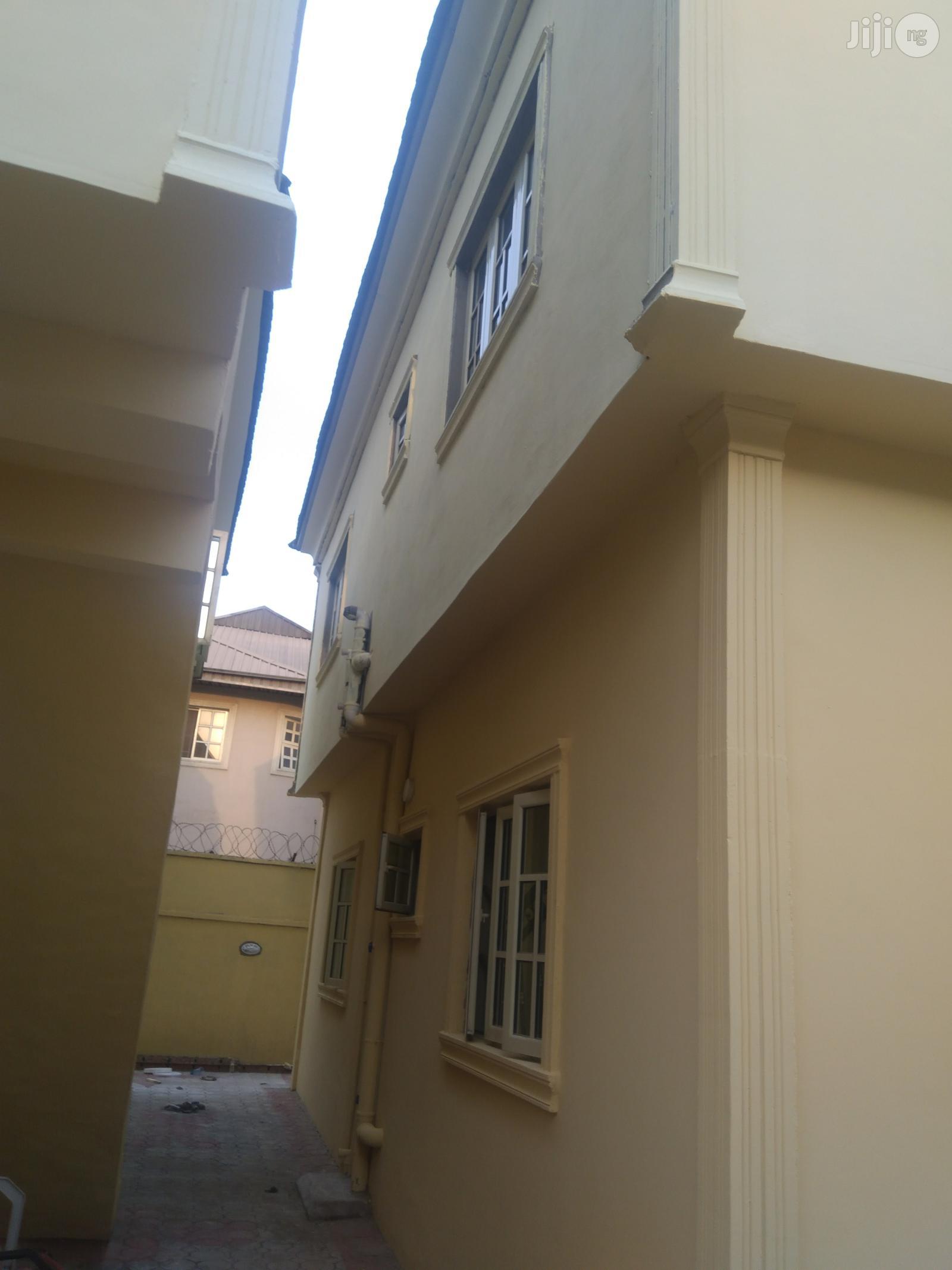 To Let Executive 2bedroom Flat Kfarm Estate | Houses & Apartments For Rent for sale in Ifako-Ijaiye, Lagos State, Nigeria