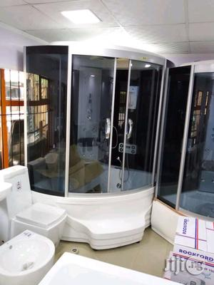 England Standard Master Shower Room With Jacuzzi An Stem An Masagar. | Plumbing & Water Supply for sale in Lagos State, Orile