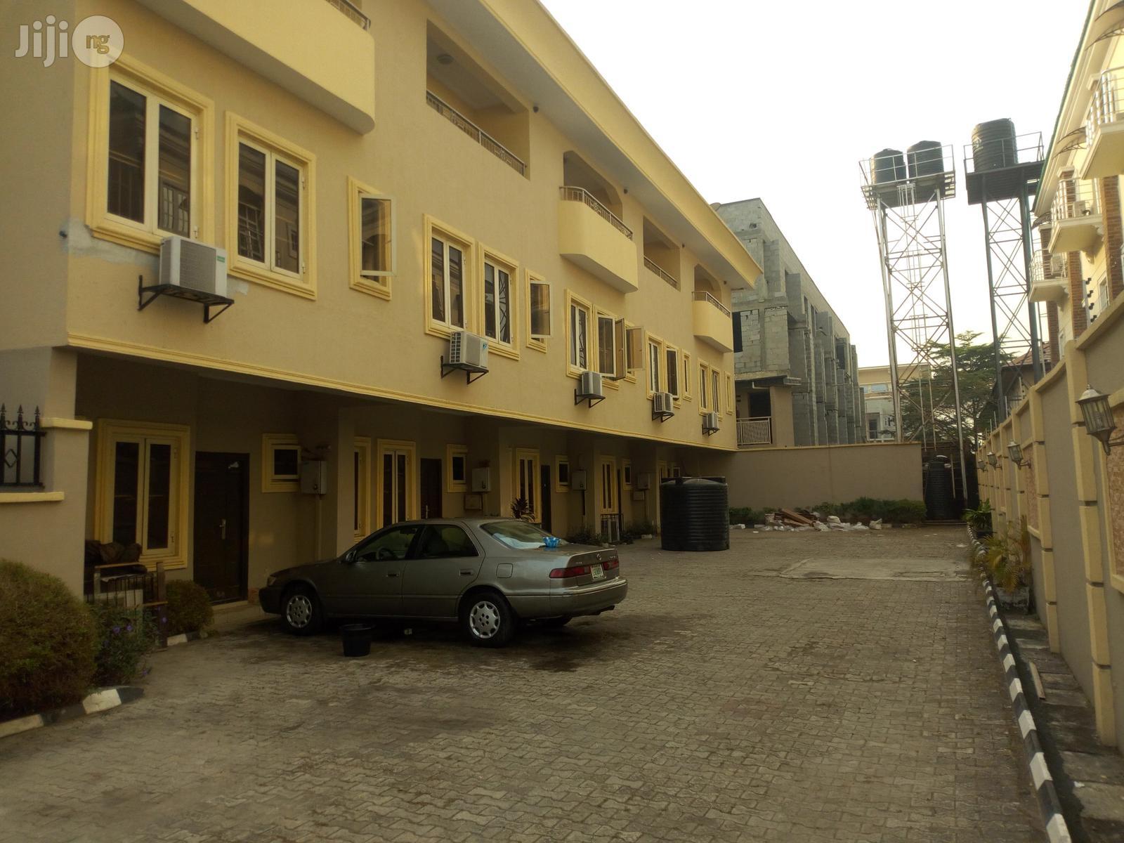 Service 3 Bedroom Townhouse On 3 Split Floors, Oniru Estate