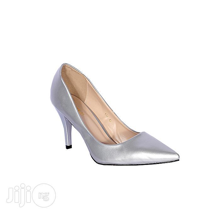 Forever 21 Women High Heel Court Shoe - Silver