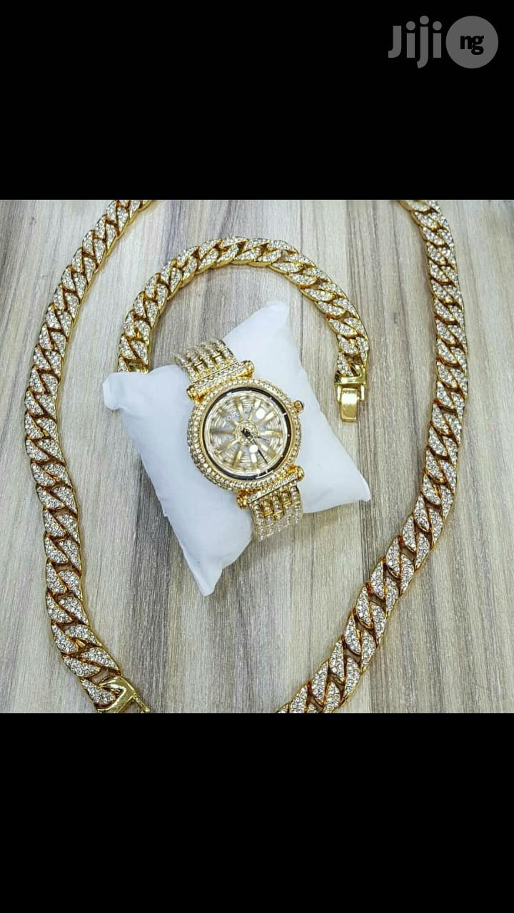 Nick Chain With Watch