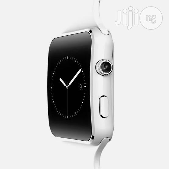 Smart Phone Watch For Sale-white | Watches for sale in Ikeja, Lagos State, Nigeria
