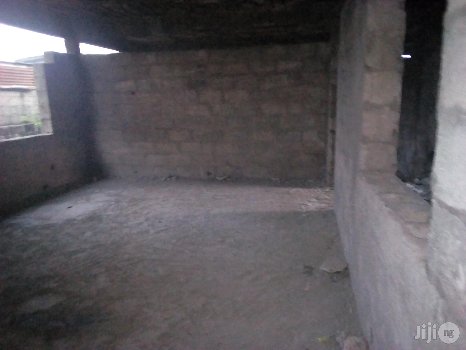 Archive: Uncompleted 50 Rooms Hotel Decked with 8 Rooms at Idi-Oro Mushin for Sale.