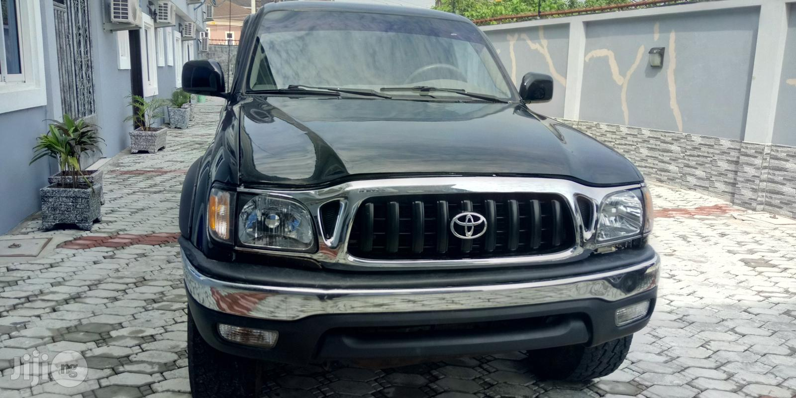 Toyota Tacoma 2001 Black
