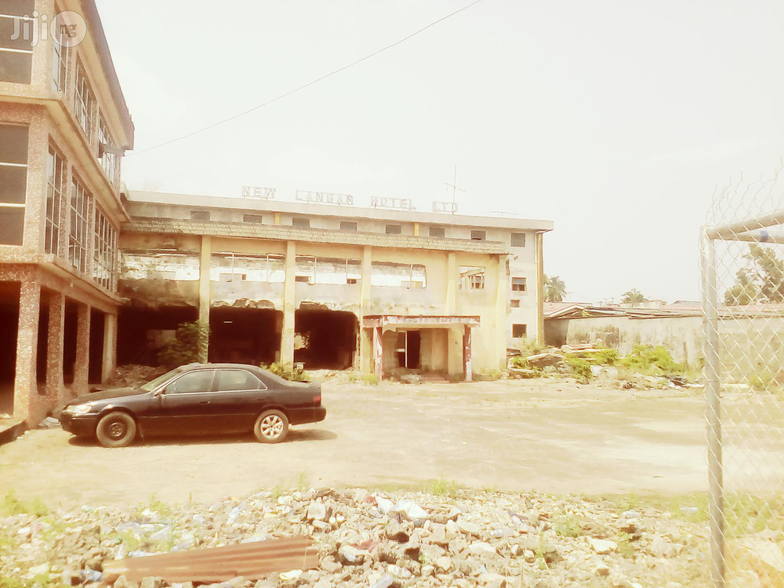 Hotel/Event Centre For Sale At GRA Benin City