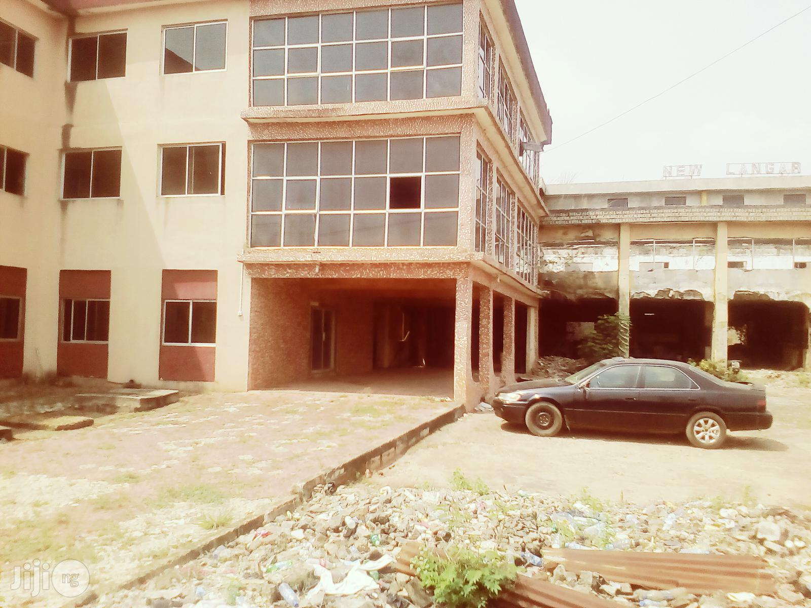 Hotel/Event Centre For Sale At GRA Benin City | Commercial Property For Sale for sale in Benin City, Edo State, Nigeria