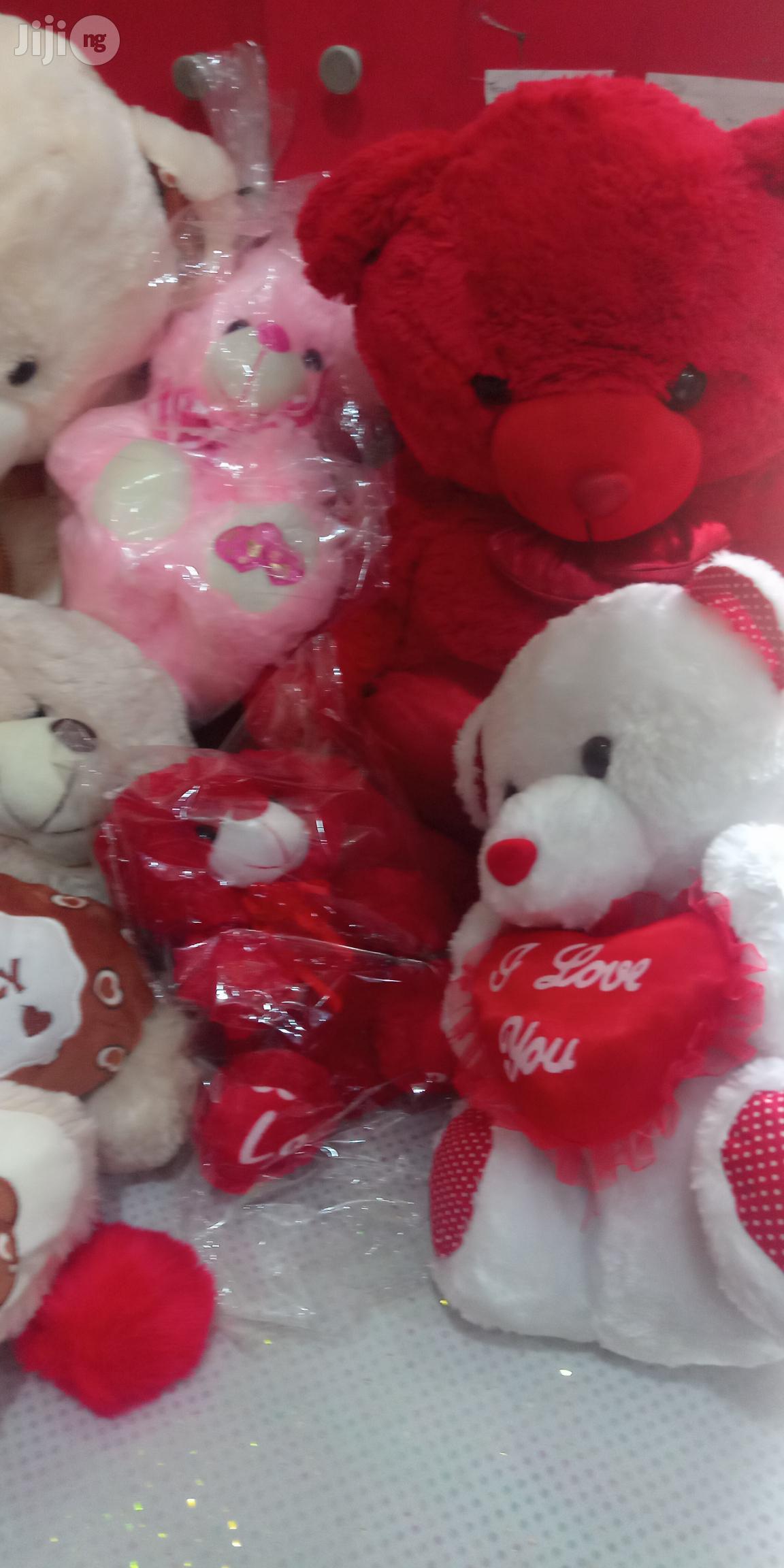 Teddy Bears Of Sizes