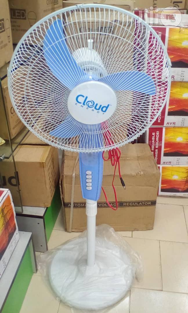 """16"""" Solar D C Standing Fan"""