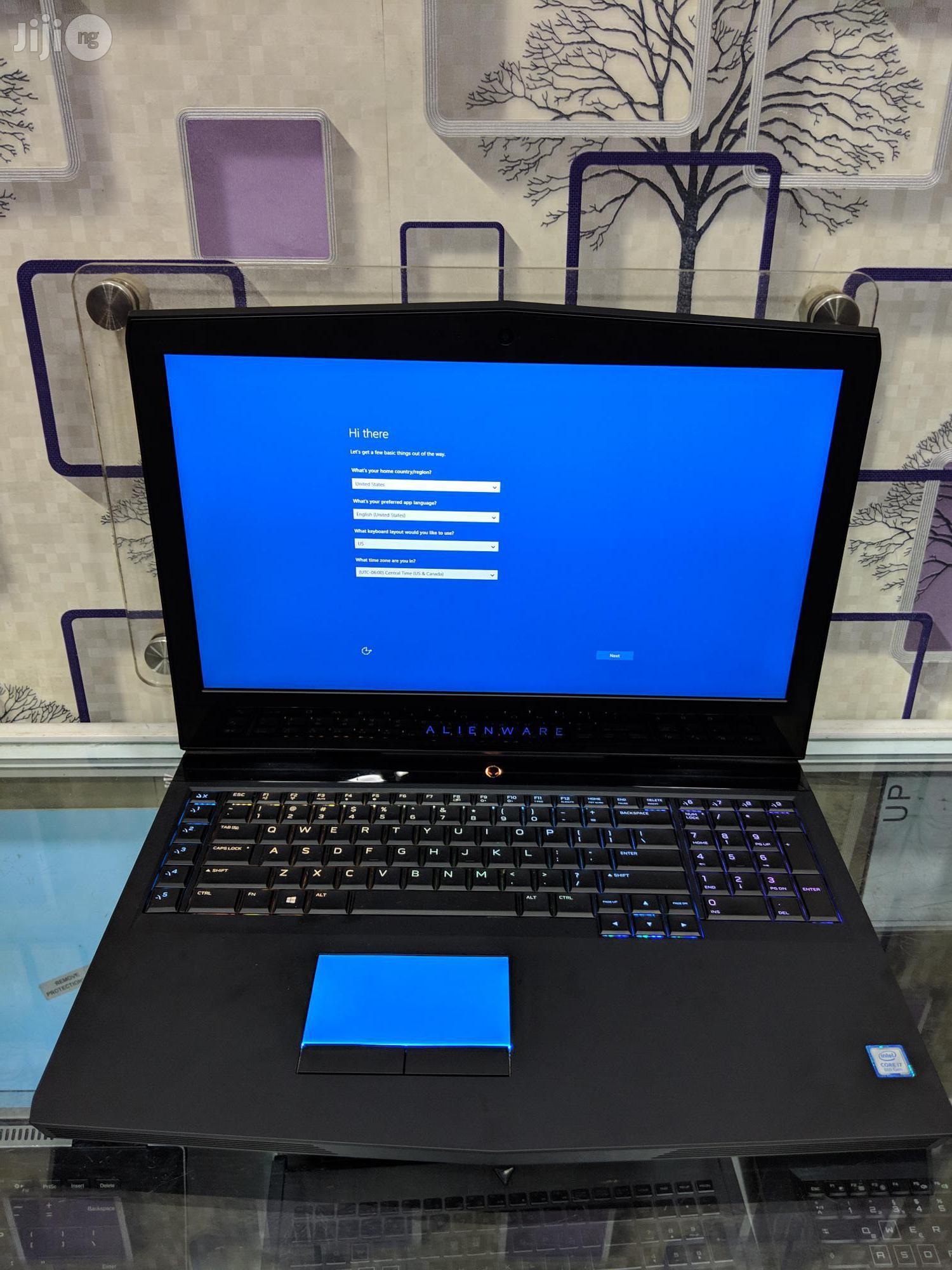 Archive: Laptop Dell Alienware 17 16GB Intel Core I7 SSHD (Hybrid) 1.5T