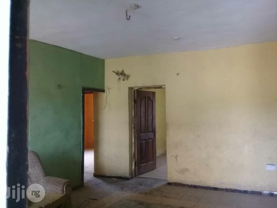 Neat 4 Units Of 3 Bedroom Flats With Shop For Sale At Crossing.   Houses & Apartments For Sale for sale in Agege, Lagos State, Nigeria