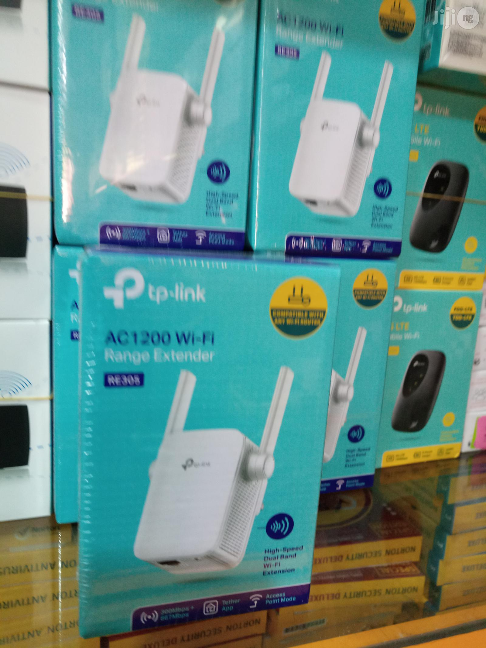 Tp-link Range Extender Re305   Networking Products for sale in Ikeja, Lagos State, Nigeria