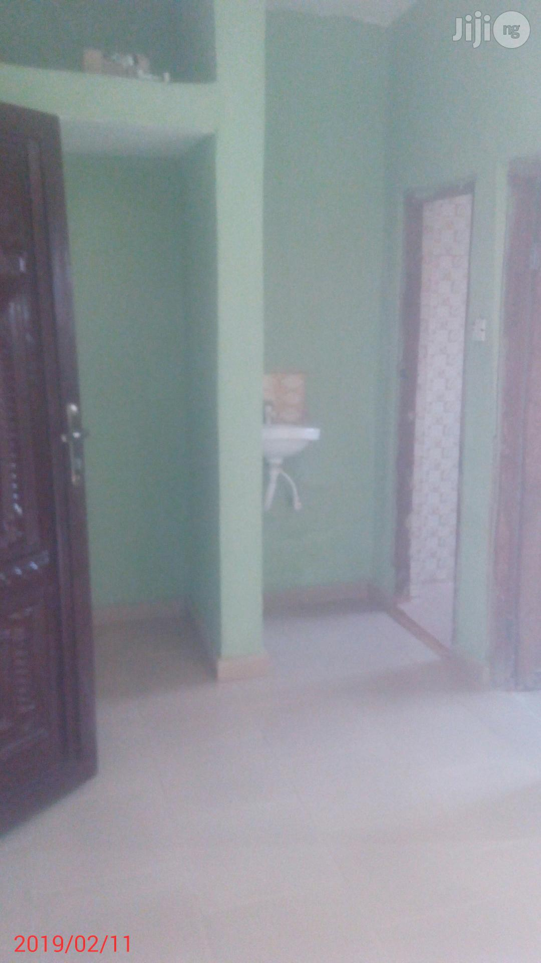 Selfcontain To Let By Commissioner Quarters | Houses & Apartments For Rent for sale in Awka, Anambra State, Nigeria