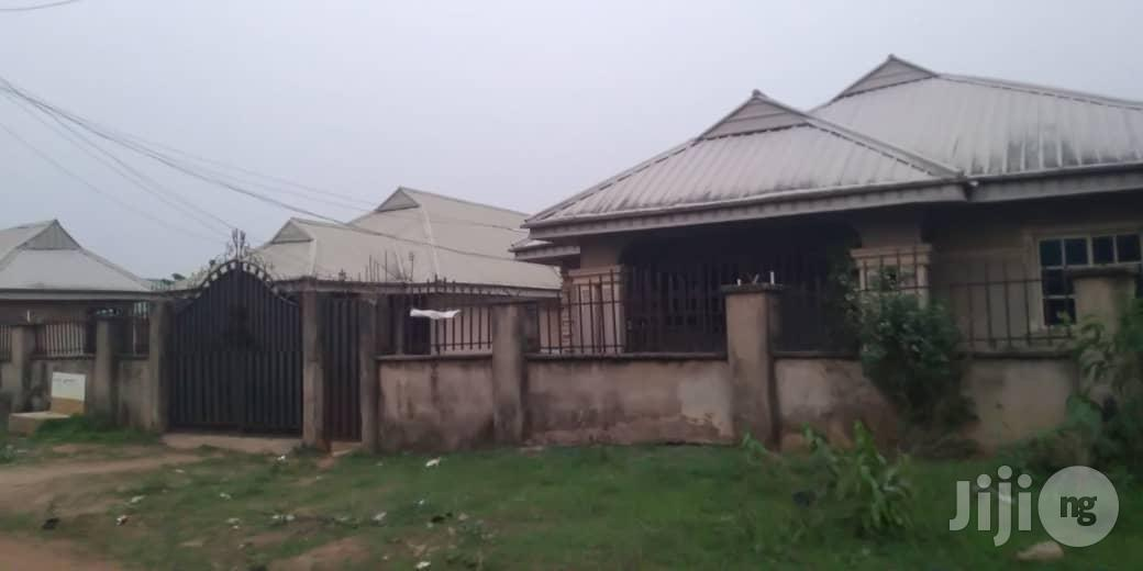 4flats Bungalow for Sale Sapele Rd B/C | Houses & Apartments For Sale for sale in Benin City, Edo State, Nigeria