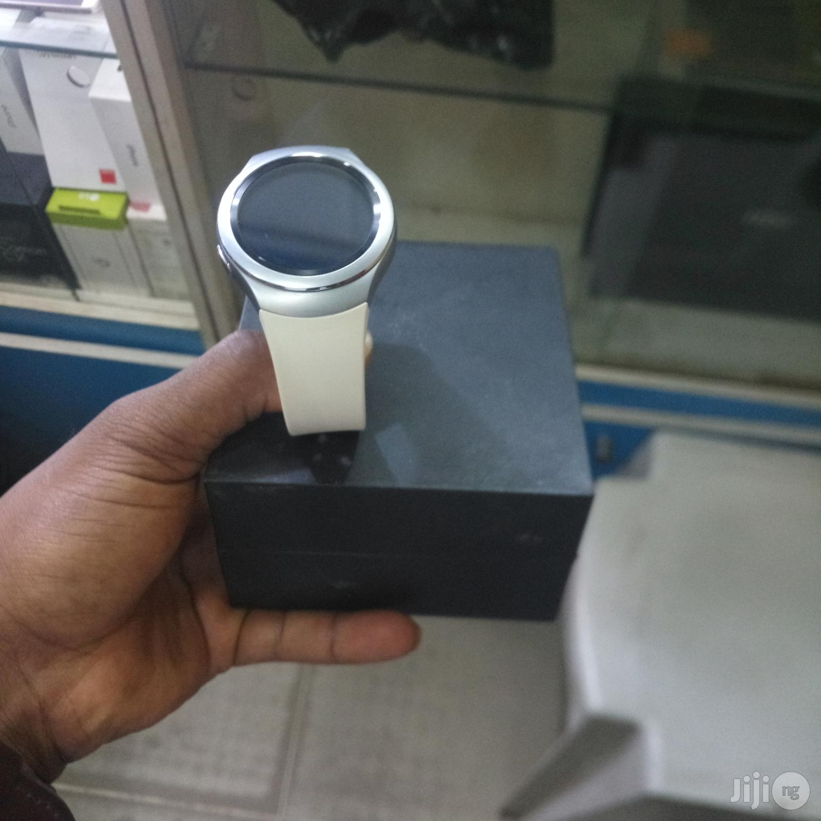 Archive: UK Used Samsung Galaxy Gear S2