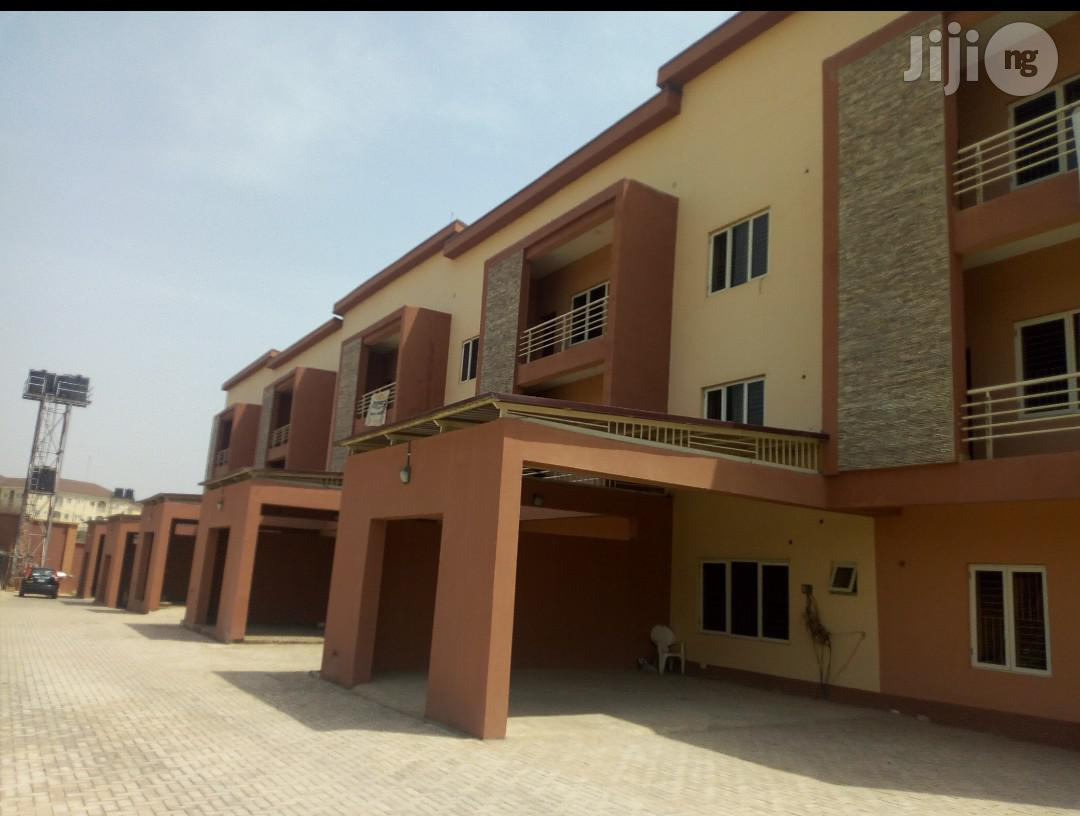 Archive: Jabi: Brand New Spacious 4units of 4bedroom Town Houses BQ