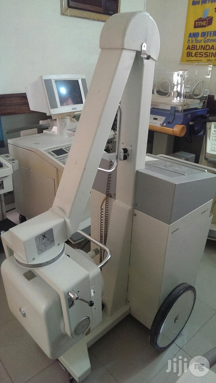 Hospital Equipment: X-ray Machine