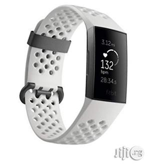 Fitbit Charge 3 Fitness Activity Tracker White Silicone | Smart Watches & Trackers for sale in Lagos State, Shomolu