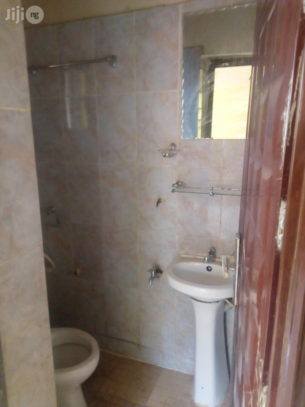 3 Bedroom Flat To Let At Back Of CBN Nodu Okpuno | Commercial Property For Rent for sale in Awka, Anambra State, Nigeria