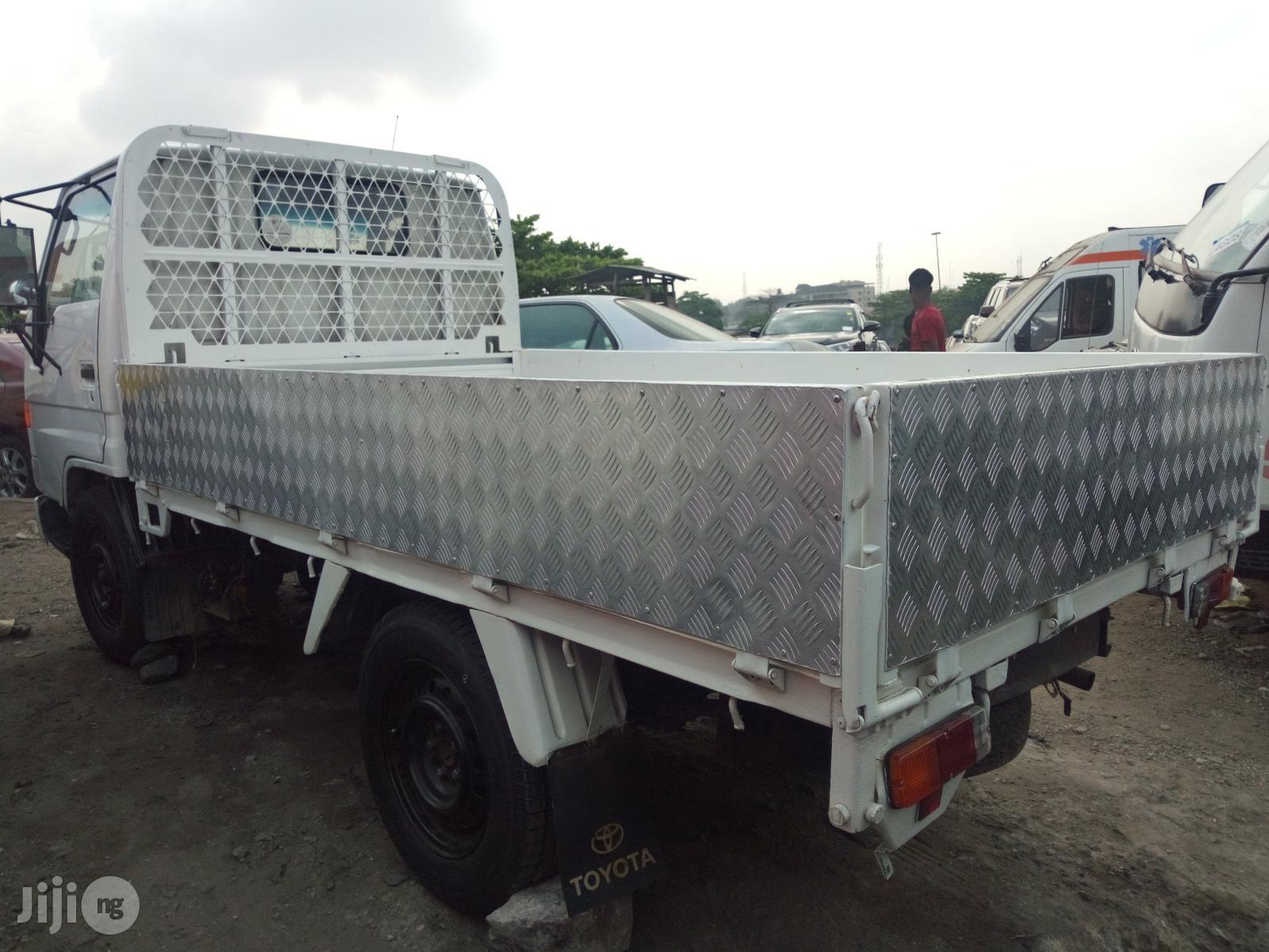 Toyota Dyna 1997 White | Trucks & Trailers for sale in Apapa, Lagos State, Nigeria