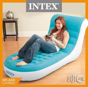 Intex Inflatable Splash Chair With + Free Pump   Furniture for sale in Lagos State, Abule Egba