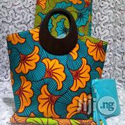 Exclusive Ankara Bags With 6yards Wax And Purse Imported Xi | Bags for sale in Delta State, Ugheli