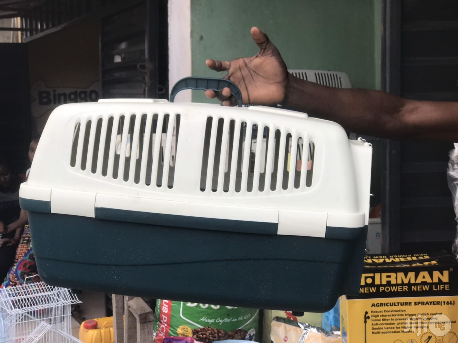 Dogs Plastic Cage Or Crate For Transporting Dogs
