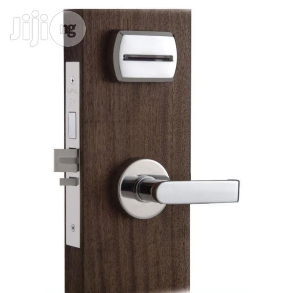 Secure Your Doors With Hotel Cardlocks