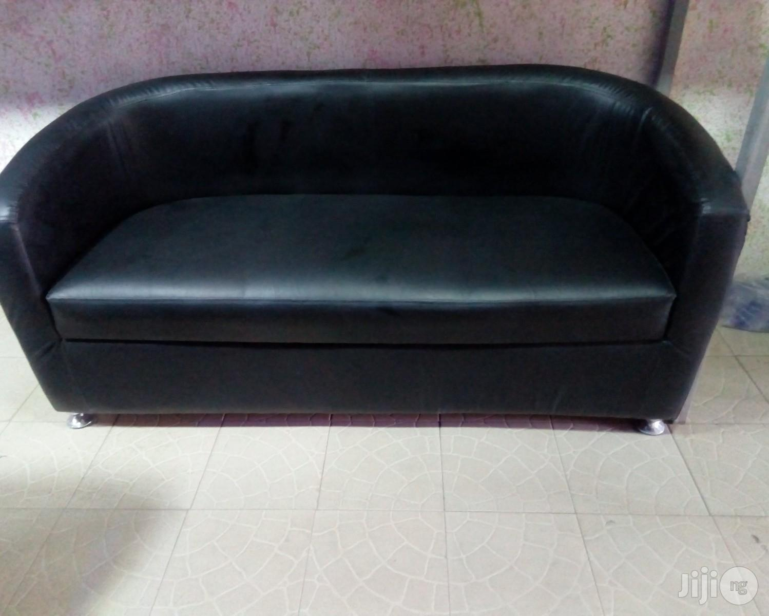 Sofa Bucket Chair : Three Seater Sofa Bucket Chair .Leather   Furniture for sale in Ojo, Lagos State, Nigeria