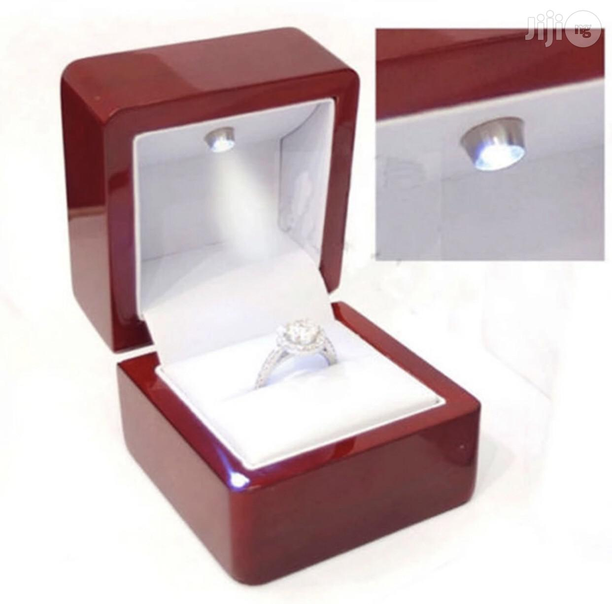 Beautiful Engagement Ring Box   Wedding Wear & Accessories for sale in Central Business Dis, Abuja (FCT) State, Nigeria