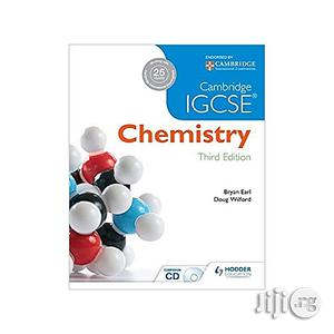 Cambridge IGCSE Chemistry 3rd Edition Plus CD | Books & Games for sale in Lagos State, Oshodi
