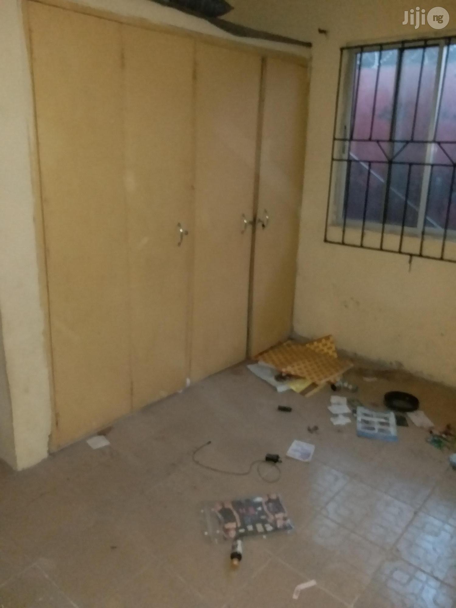 Furnished 2 Bedroom Flat To Let At Banjoko Area Of Igbogbo Ikorodu | Houses & Apartments For Rent for sale in Ikorodu, Lagos State, Nigeria