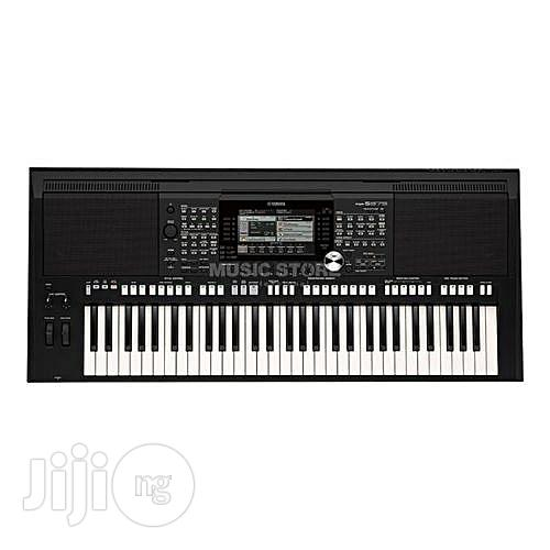 Yamaha PSR-S975 Arranger Workstation Keyboard With Power Adaptor + FREE HEADSET